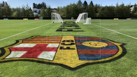 FÚTBOL BARCELONA Rousaud, exvicepresidente del Barça: `Alguien ha metido la mano en la caja`