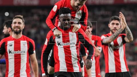 FÚTBOL COPA REY 1-0. Unai Simón frena al Barça y Williams lo ejecuta en el añadido