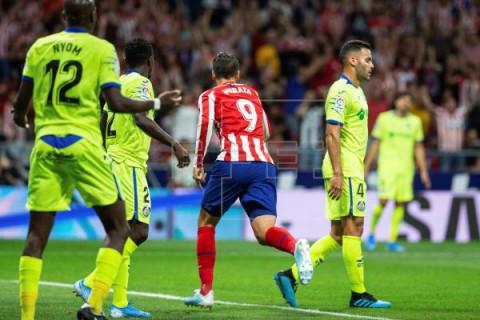 FÚTBOL LALIGA SANTANDER El Atlético cumple la tradición ante el Getafe; el Sevilla arranca fuerte
