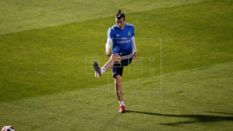 FÚTBOL MUNDIAL CLUBES Bale, titular en semifinales