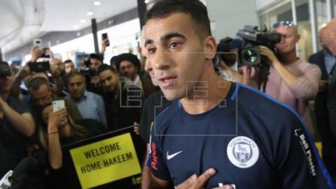 FÚTBOL TAILANDIA El futbolista bareiní llega a Australia y pone fin a su pesadilla en Tailandia