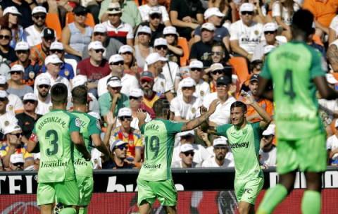 FÚTBOL VALENCIA-LEGANÉS 1-1. Un Valencia incapaz no puede con la defensa del Leganés