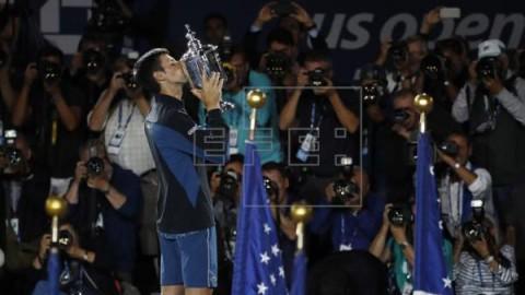 TENIS ABIERTO EEUU Djokovic vence a un buen Del Potro en la primera final bajo techo